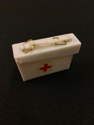 VINTAGE ACTION MAN  - Medic, Red Cross First Aid Box